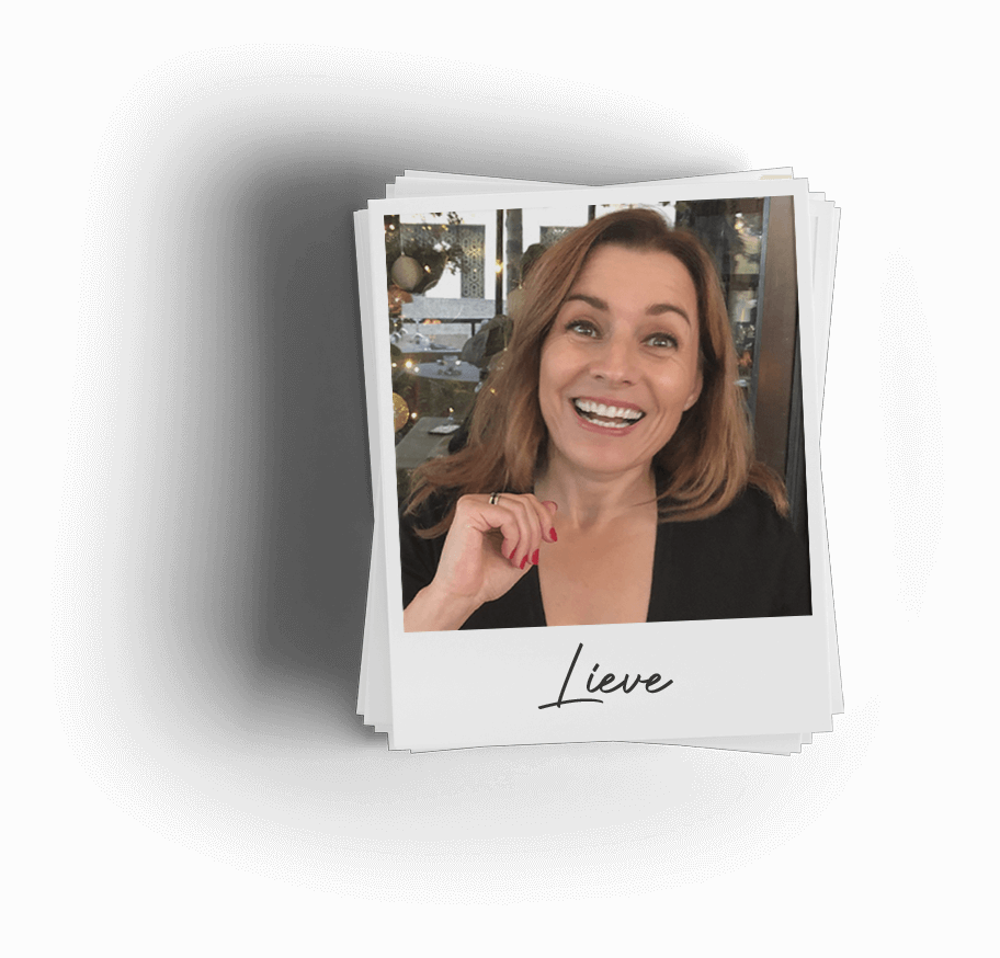 Polaroid of smiling Belron employee